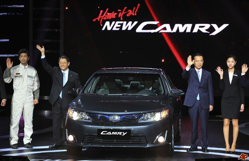 hyundai shocked as toyota camry wins korean car of the year award. Black Bedroom Furniture Sets. Home Design Ideas