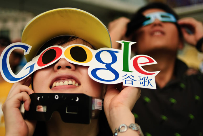 google in china Using servers located in the united states, google began offering a chinese-language version of googlecom in 2000 the site, however, was frequently unavailable or.